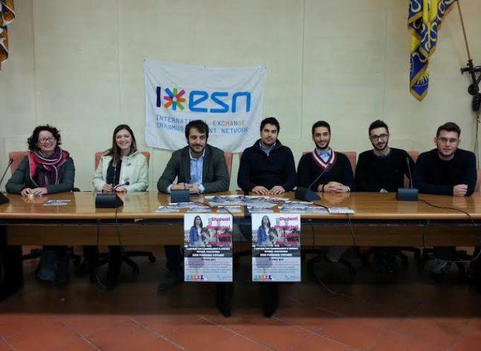 Proposta di legge di iniziativa popolare: firma anche tu per agevolare il voto dei giovani all'estero!