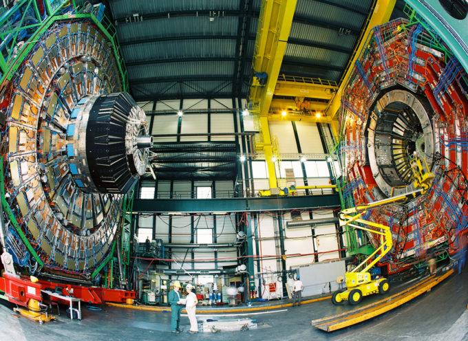 SUMMIT DI SCIENZIATI DEL CERN DI GINEVRA A CAPRESE MICHELANGELO