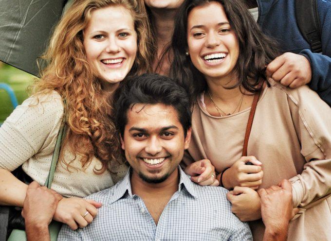 Giovani 2G. Contributi per l'auto-impiego di giovani migranti di seconda generazione