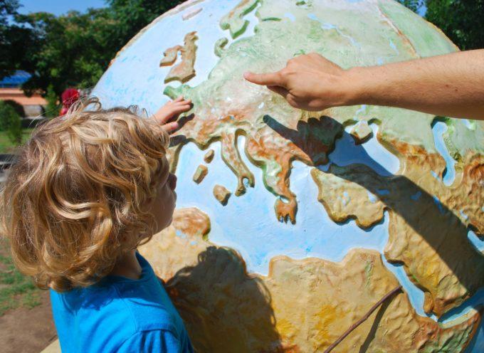 Accompagnatore per campi per bambini all'estero