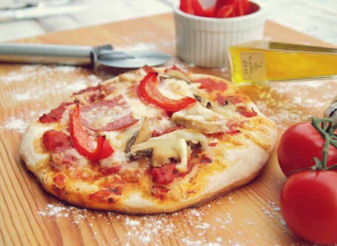 Corso per aspiranti pizzaioli organizzato da Confesercenti Arezzo