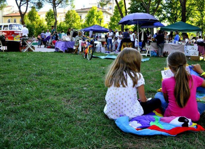 Yoga, fotografia, musica e attività per bambini al Mercatino delle Pulci!