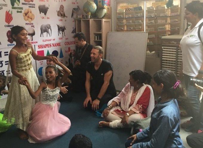 """Oxfam Italia ricerca ad Arezzo responsabili postazioni progetto """"Un Regalo coi fiocchi"""""""
