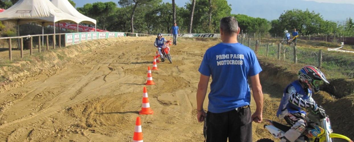 Il Moto Club Brilli Peri di Montevarchi inizia il 2017 con un corso di motocross per bambini: domenica 26 incontro al circuito di Miravalle
