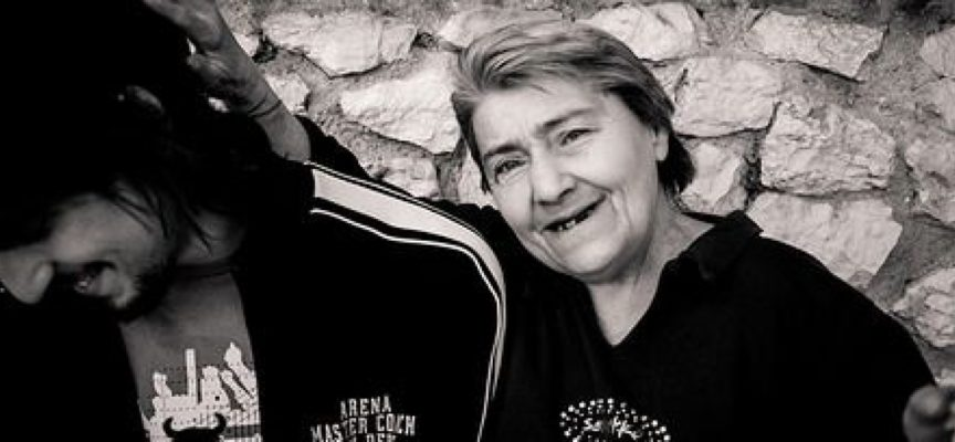 """Athena di Montevarchi organizza: corso di qualifica GRATUITO per """"Addetto all'Assistenza di Base"""" (ADB) per DISOCCUPATI"""