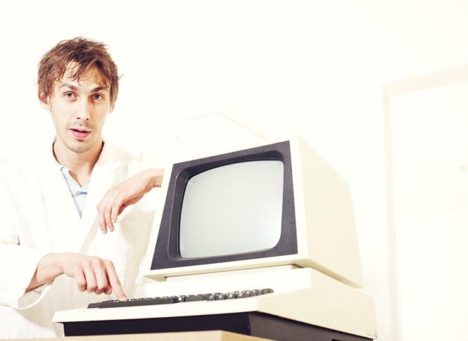 """Assoservizi: corso di qualifica GRATUITO """"Programmatore informatico"""" rivolto a DISOCCUPATI"""