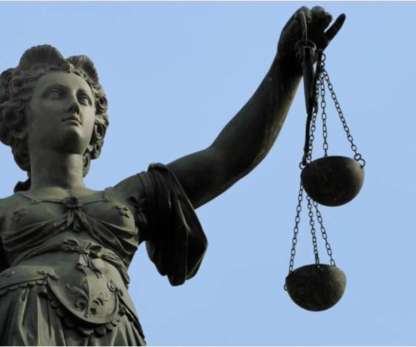 Bando per tirocini formativi presso gli Uffici Giudiziari di Arezzo