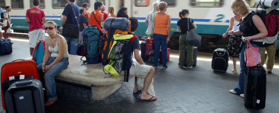 SME4EASY: borse di mobilità all'estero per giovani 17-29 anni nel settore turistico, alberghiero, agroalimentare