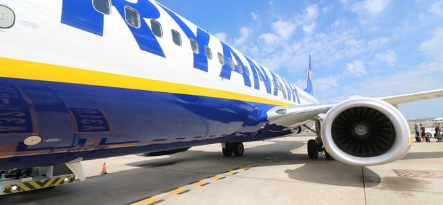 Lavoro con Ryanair come assistente di volo: ecco le date dei prossimi recruiting day in tutta Italia