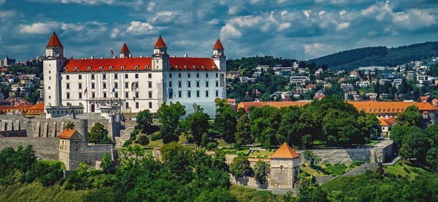 Borse di studio in Slovacchia per studenti, dottorandi, ricercatori, artisti e professori universitari con NSP (National Scholarship Programme)