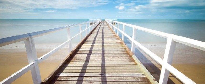 Quattro opportunità estive per lavorare all'estero settore turismo, viaggi studio e animazione