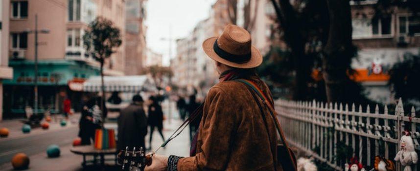 """Call for arts """"NeverMoreFreezing"""": video musicali e performativi per la giornata mondiale del rifugiato 2020"""