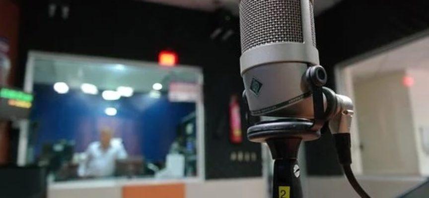 """""""Ang inradio"""": bando per network radiofonici"""