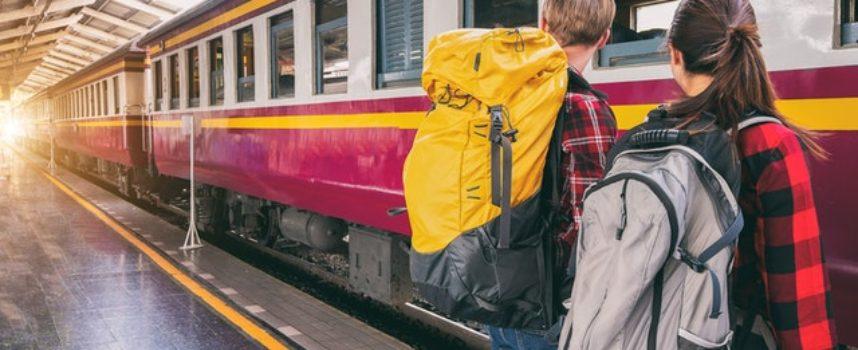 Ad Agosto viaggi in treno gratis in Toscana per tutti i diciottenni con la smartcard Unica Toscana