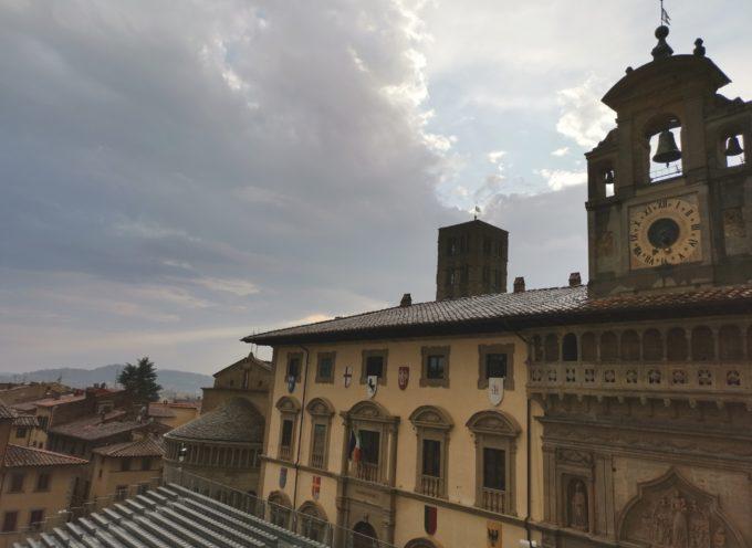 Successo per le 3 mostre in Piazza Grande: Fraternita dei Laici raddoppia le aperture straordinarie serali