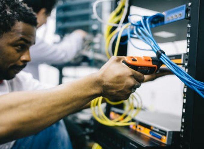 Manpower Arezzo: Giornata di reclutamento online settore elettronico, elettrico e meccanico