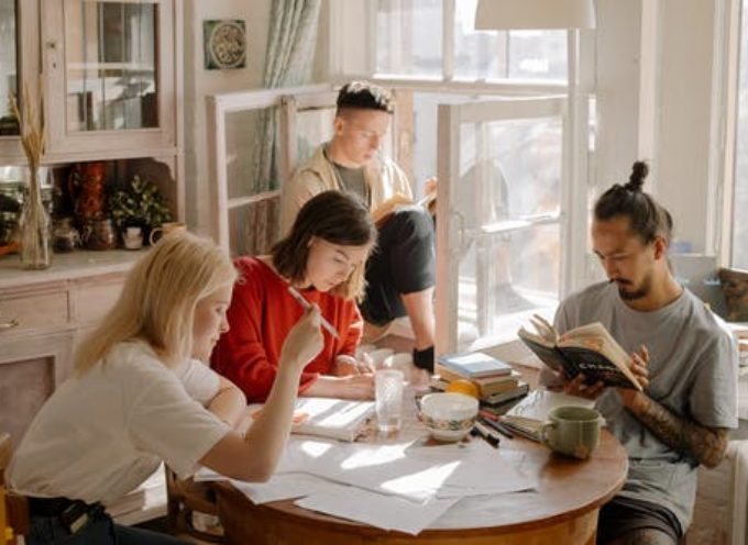 Giovanisì: aperto il bando borse di studio e posti alloggio universitari 2021/22